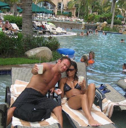 Villa La Estancia : This is at the pool next door