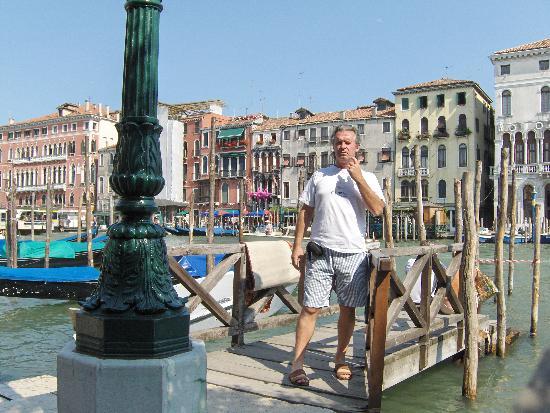 Locanda Armizo: Desde el muelle del hotel