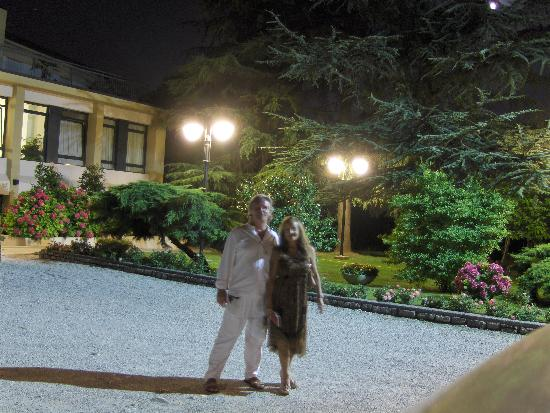 Albergo Ristorante Al Giardinetto : Por la noche