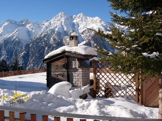 Hotel Stutz: View from Grachen