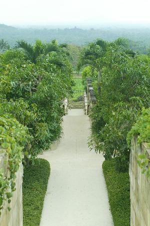 Amanjiwo Resorts: Pathway leading to villas, with Borobudour in the distance