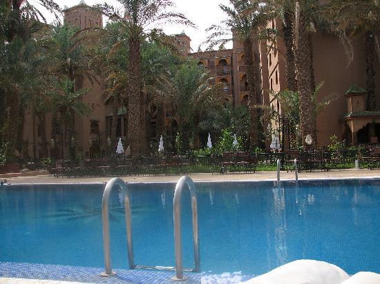 Palais Asmaa: the swimmingpool