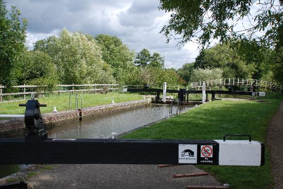 Kennet & Avon Canal: River Kennet - Southcote lock