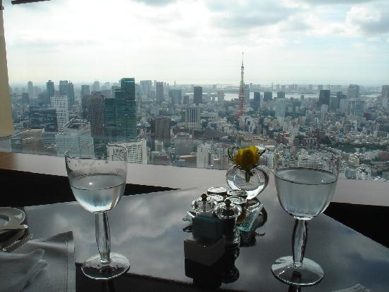 The Ritz-Carlton Tokyo: Breakfast table