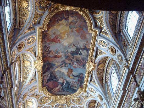 Iglesia de San Luis de los Franceses: Ceiling of San Luigi dei Francesi