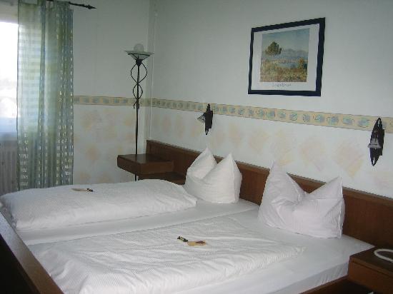 Hotel Neusaesser Hof