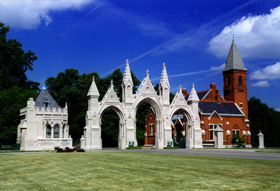 Indianápolis, IN: Crown Hill Cemetery's Gothic Gate Entrance at 34th St. & Boulevard Place