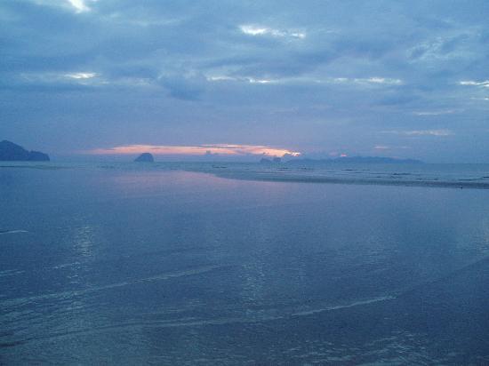 Anantara Si Kao Resort : Sunset