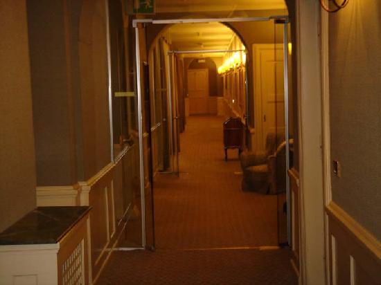 Miramonti Majestic Grand Hotel : Bedroom Hallways