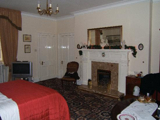 The Victorian Town House: The Caledonian Room