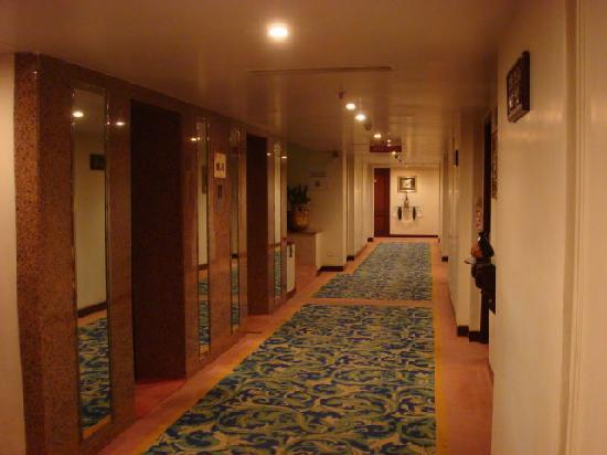 St Mark's Hotel: The corridor outside my room