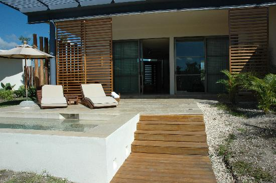 Rosewood Mayakoba : Our patio on the lagoon with dipping pool