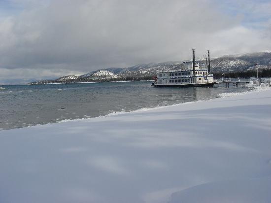 Tahoe Beach and Ski Club: Winter in Tahoe