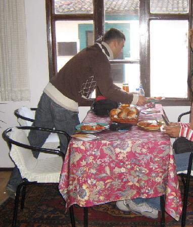 Urkmez Hotel: preparing breakfast