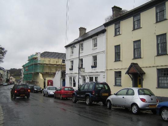 Roborough House: Exterior (middle white building)