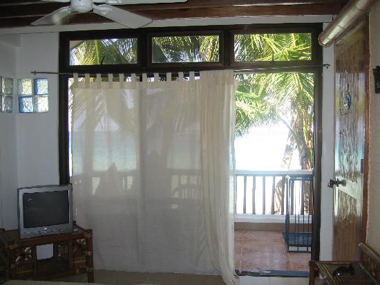 Bluelilly Hotel: Our room from inside