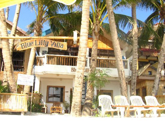 Bluelilly Hotel: From the outside