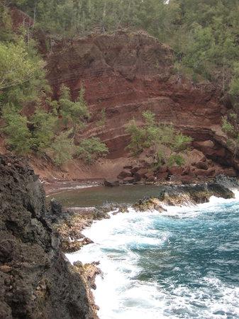 Travaasa Hana, Maui: Red Sand Beach (short walk from hotel)