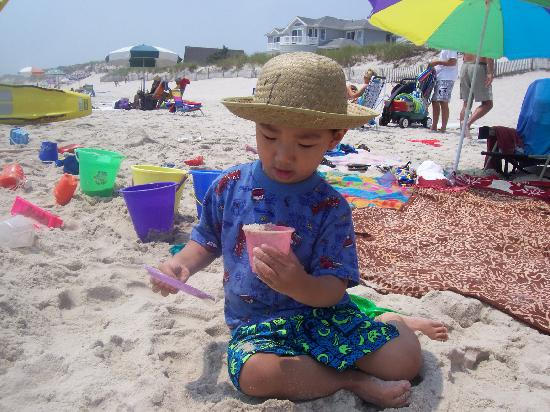 Long Beach Island: Building a sand castle