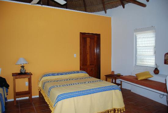 Balamku Inn on the Beach: Room