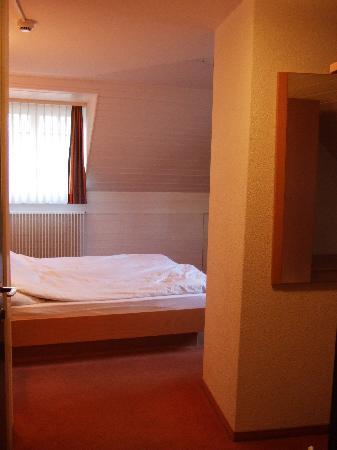 Hôtel Les Negociants: Room 46