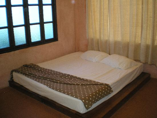 Kachapura: inside room