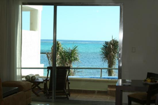 El Dorado Maroma, a Beachfront Resort, by Karisma : View from infinity pool suite