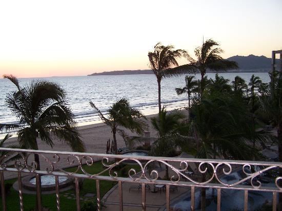 Villa La Estancia: Morning view