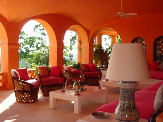 Careyes, México: the living room