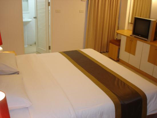 Grand Watergate Hotel: Room-double bed