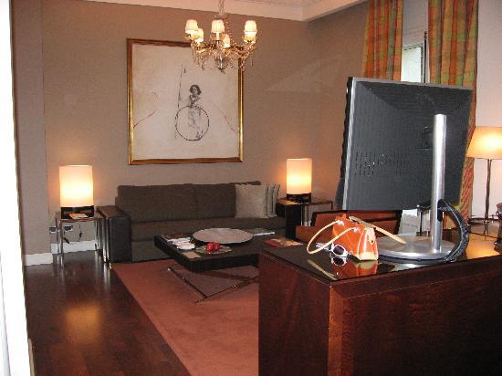 Palacio Duhau - Park Hyatt Buenos Aires: part of the Palace lobby