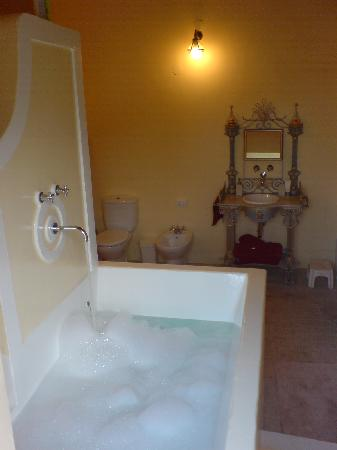 Quinta do Scoto: Wine Press Bath
