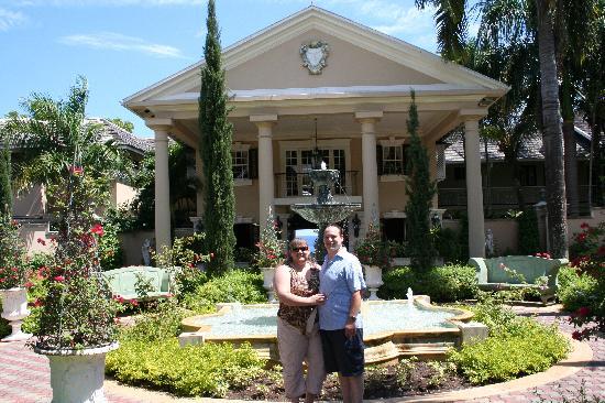 Sandals Royal Plantation : Happy Honeymooners!