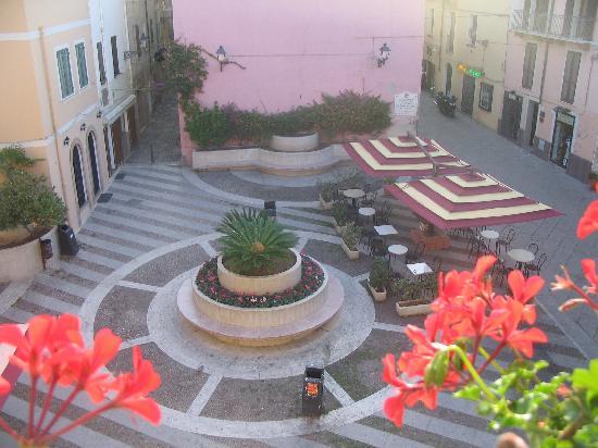 Casa Maiorca Apartments : Piazza View