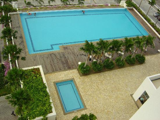 Holiday Inn Melaka: The pools