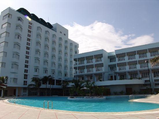 Saigon-Ninhchu Hotel & Resort : Pool area