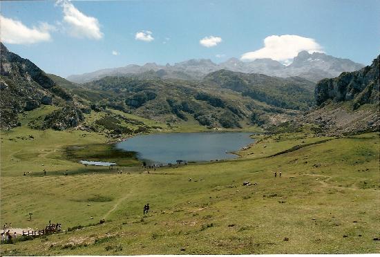 Picos de Europa Mountains: The Ercina Lake, Picos de Europa, Spain