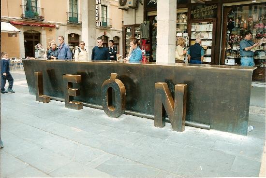Leon, Spain: Plaza Régia, León, Spain