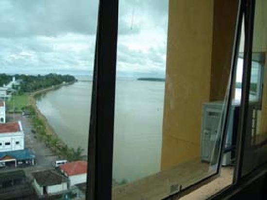 Muar Traders Hotel: View of the Muar river
