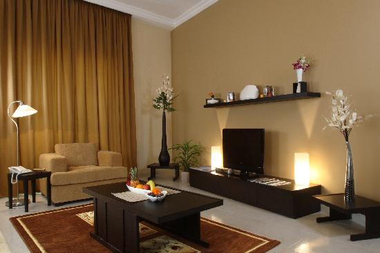 Emirates Stars Hotel Apartments: This was my living room