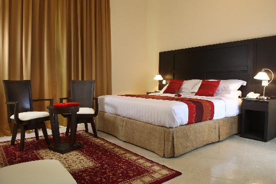 Emirates Stars Hotel Apartments: Sweet dreams in the bed room