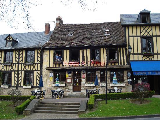 Le Bec-Hellouin, Francja: L'Auberge del'Abbaye