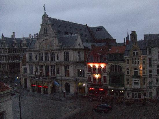 Ibis Gent Centrum St-Baafs Kathedraal: view from room 518