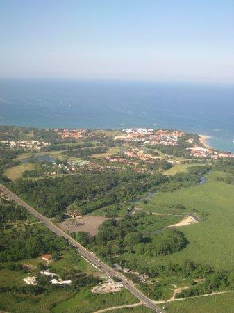 Casa Marina Beach & Reef: View from the plane