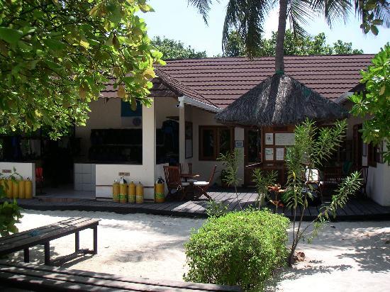 Komandoo Maldives Island Resort: The dive school