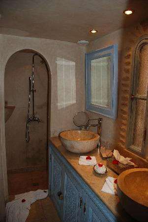 La Sultana Oualidia: Standard Junior Suite - Bathroom