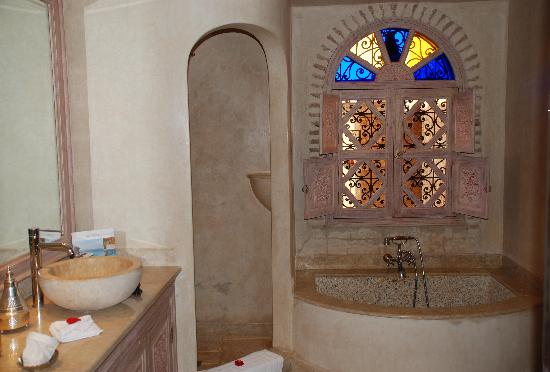 La Sultana Oualidia: Premium Junior Suite - Bathroom
