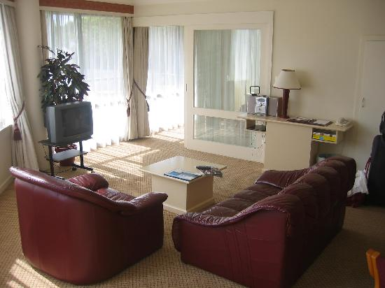 Chateau Blanc Suites: lounge