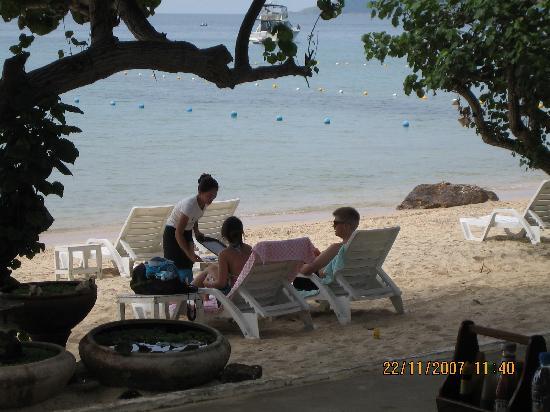 Lima Coco Resort: Bedienung auch am Strand