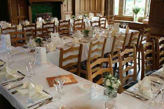 Cragwood Country House Hotel: Tables set up for wedding reception at the Cragwood